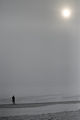 No visibility, Highlands, Iceland - p1028m1573785 by Jean Marmeisse