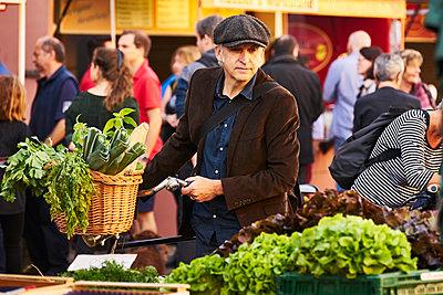 Weekly market - p1312m1515393 by Axel Killian
