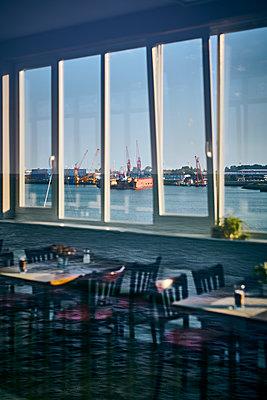 Restaurant am Hafen - p227m2013772 von Uwe Nölke