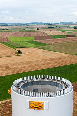Aufbau eines Windrades - p1079m880926 von Ulrich Mertens