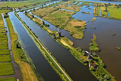 Windmühlen am Kinderdijk - p1120m967850 von Siebe Swart