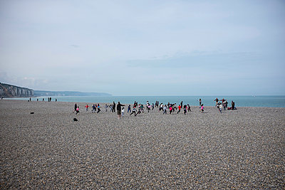 People on the beach - p305m1000413 by Dirk Morla