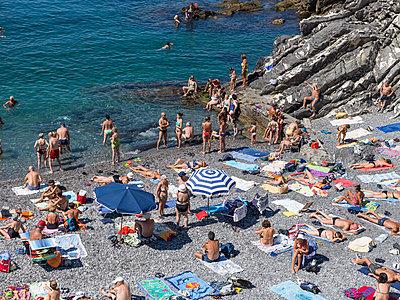 Strandleben in Genua - p1292m1122907 von Niels Schubert