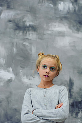 Girl with arms crossed - p1412m1503306 by Svetlana Shemeleva