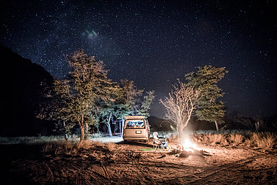 Vanlife camping in Cochise Stronghold - p343m1218129 by Suzanne Stroeer