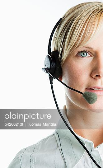 Receptionist - p4266213f by Tuomas Marttila