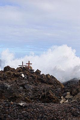 Kreuze an der Küste - p118m1016254 von Daniel Sadrowski