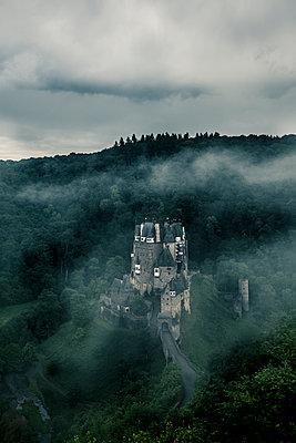Burg Eltz - p1512m2037972 von Katrin Frohns