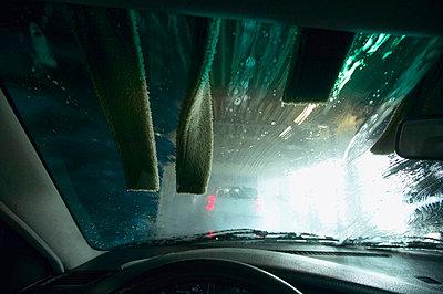Car wash site, seen through windscreen - p3005063f by Tom Hoenig