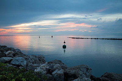 Slovenia, Istria, Slovene Littoral, Izola, Adriatic coast at sunset - p300m975518f by Wilfried Wirth