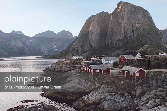 Fischerdorf Reine in Norwegen - p1507m2028298 von Emma Grann