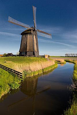 Windmill Schermerhorn - p1032m1139049 by Fuercho