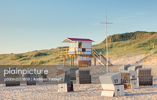 Germany, North Friesian Islands, Sylt, Beach of Rantum in the evening - p300m2213659 by Andreas Tabbert
