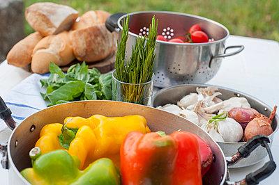 Fresh vegetables - p161m891742 by Kerstin Schomburg