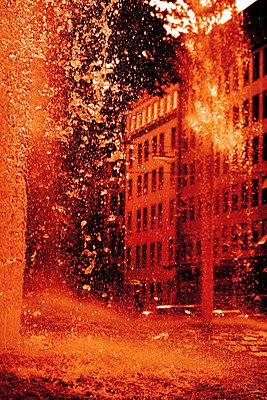 Fountain - p450m2207548 by Hanka Steidle