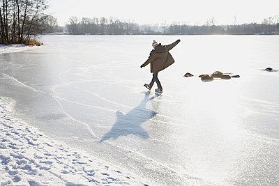 Ice-skating - p4640884 by Elektrons 08