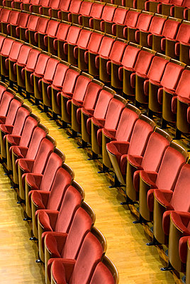 Abandoned theatre - p8700002 by Gilles Rigoulet