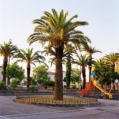 Sicily, Playground - p453m1020306 by Mylène Blanc