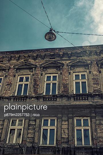 Poland, Krakow, House facade - p879m2257753 by nico