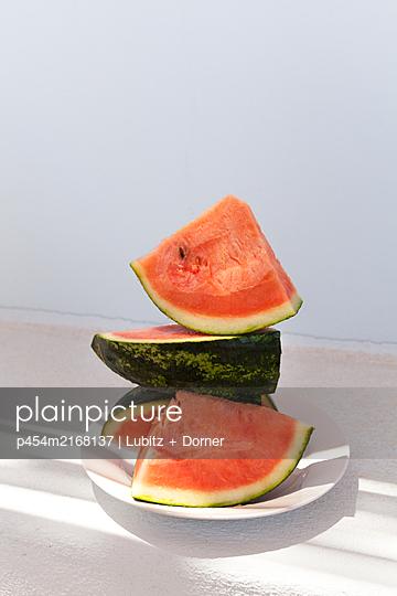 Piled up - p454m2168137 by Lubitz + Dorner