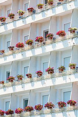 Balkone - p488m1446056 von Bias
