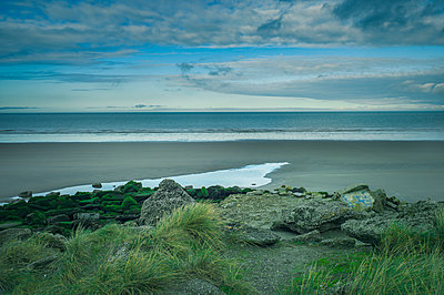 Coast of Dunkirk  - p1660m2254311 by ofoulon