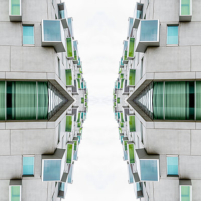 Abstract Architecture Kaleidoscope Cologne - p401m2216412 by Frank Baquet