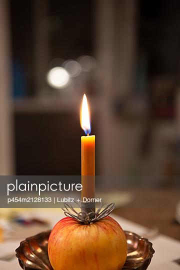 Christmas flavour - p454m2128133 by Lubitz + Dorner