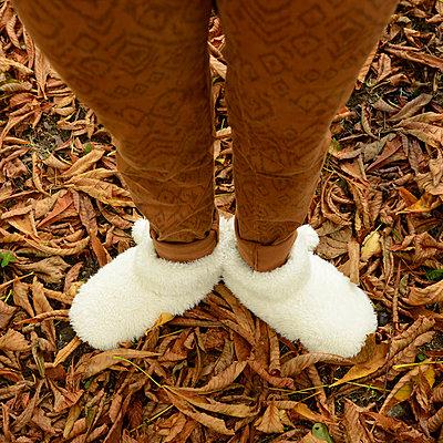 White slippers - p813m899992 by B.Jaubert