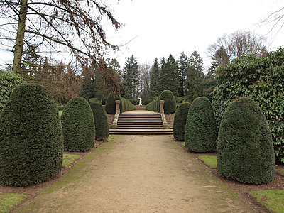 Ohlsdorfer Friedhof  - p132m1134939 von Peer Hanslik