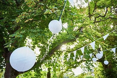 Gartenfest - p133m2031272 von Martin Sigmund