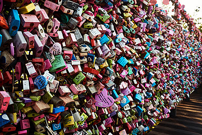 Korea, Seoul, Love locks - p1492m2178669 by Leopold Fiala