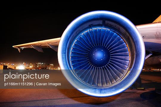 p1166m1151296 von Cavan Images