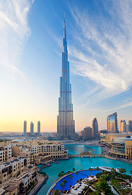 United Arab Emirates (UAE), Dubai, The Burj Khalifa  - p6511277 by Gavin Hellier