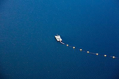 Water line - p1120m945862 by Siebe Swart