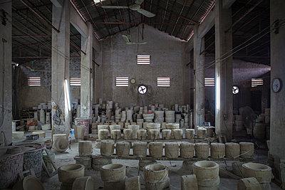 Bat Trang ceramic village, Hanoi outskirts - p934m1451238 by Sebastien Loffler