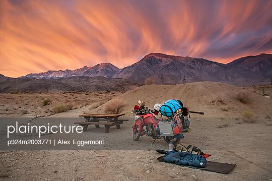 p924m2003771 von Alex Eggermont
