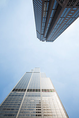 Chicago Buildings - p535m1164875 by Michelle Gibson
