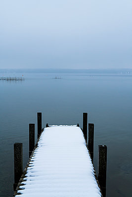 ICE - p867m1044832 by Thomas Degen