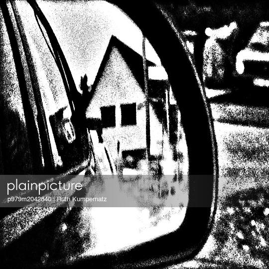 Auto Rückspiegel - p979m2042840 von Ruth Kumpernatz