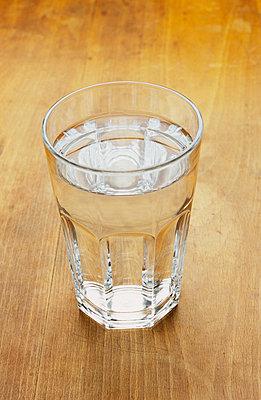 Ein Glas Wasser - p2200544 von Kai Jabs