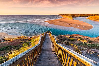 Onkaparinga River Mouth, Port Noarlunga, South Australia, Australia. - p651m2006239 by Marco Bottigelli