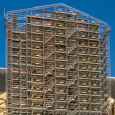 Scaffolding in Paris - p813m1214763 by B.Jaubert