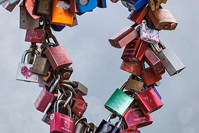 Love locks - p300m2028830 by Tom Chance