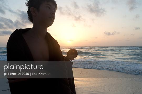 Kinder am Strand - p1116m1217040 von Ilka Kramer