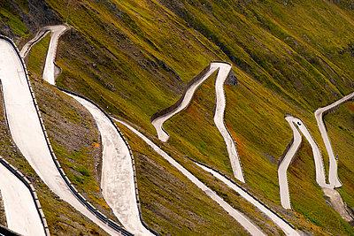 Italy, South Tyrol, Ortler Alps, Passo dello Stelvio, Stelvio Pass - p300m978611f by Karl Thomas
