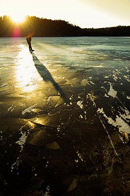 A man ice skating - p5755682 by Hans Berggren