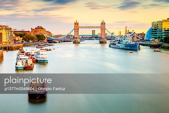 United Kingdom, England, London, Great Britain, Thames, British Isles, City of London, Tower Bridge,  - p1377m2049604 by Olimpio Fantuz