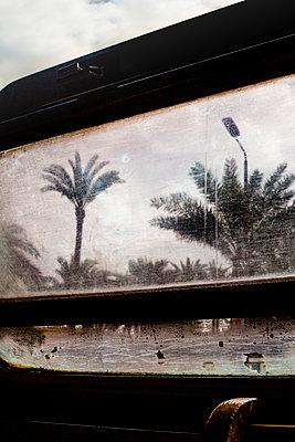 Unterwegs in Alexandria mit der Bahn - p1325m1451210 von Antje Solveig