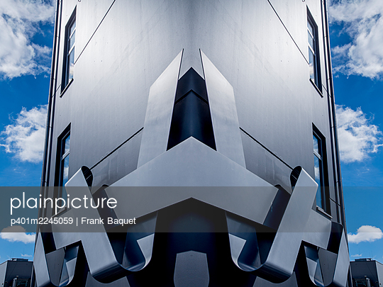 Modern architecture - p401m2245059 by Frank Baquet